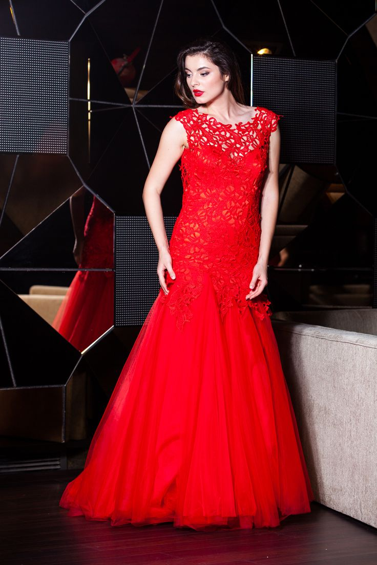 Lady in red! Mermaid Tulle Evening Dress!   A dress for only 1400 lei.