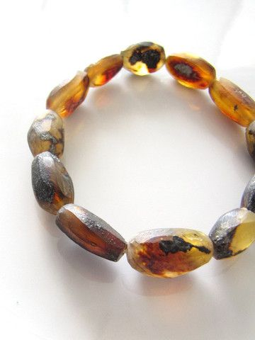 "Mexican Amber bracelet ""au naturel"". Raw amber as found naturally from the soil. Organic Gemstone collection. www.chiapasbazaar.com"