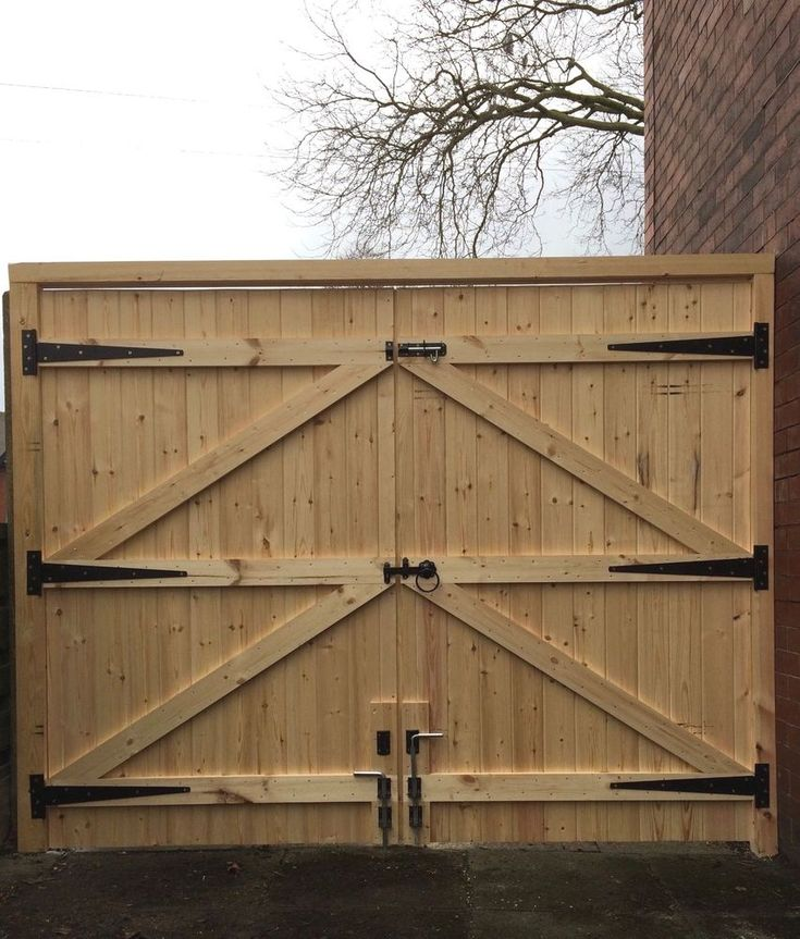 WE USE RING SHANK NAILS FOR EXTRA STRENGTH. DRIVEWAY GATES. 6FT HIGH. STRAIGHT TOP. ALL OUR GATES ARE MADE FROM THE HIGHEST QUALITY PLANED TIMBER. THESE GATES ARE VERY HEAVY SOLID GATES. ALL OUR GATES ARE MADE FROM NATURAL UNTREATED TIMBER AND WILL REQUIRE IMMEDIATE CORRECT TREATMENT TO PROTECT THEM FROM THE ENVIRONMENT. | eBay!