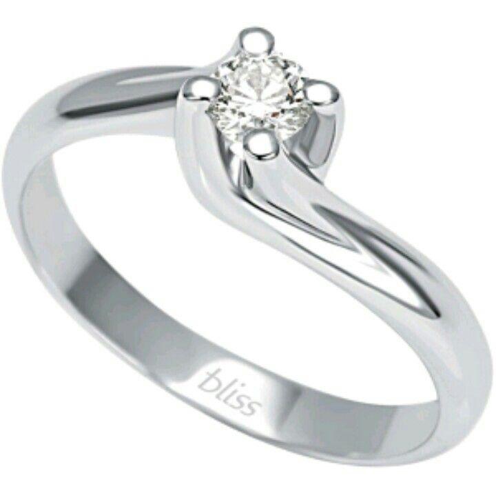 Promessa d'amore in oro e diamante