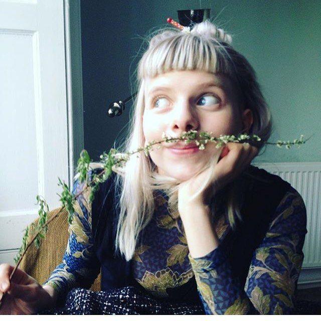 Flower moustache thank you Nic, Cara, Iz and Nina ❤️  : @izzymastriforte