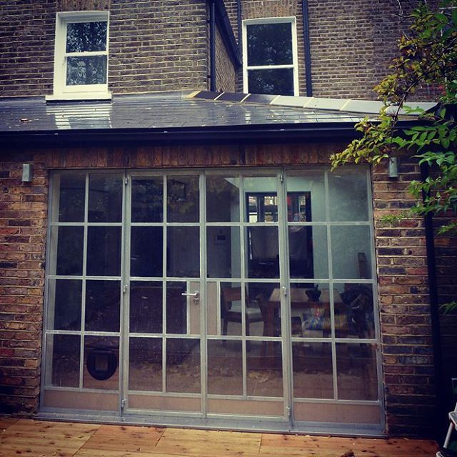 Rear #houseextension and #sidereturn. Featuring #crittal opening #londonarchitects
