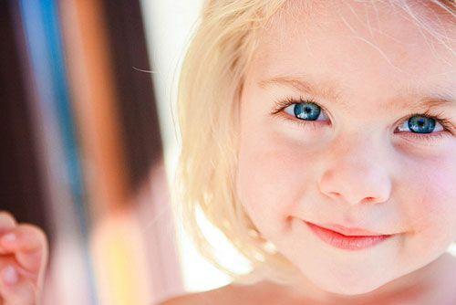 Κάπου βαθιά μέσα στον καθένα μας, βρίσκονται ακόμα η χαρά, η αθωότητα και η πίστη ενός παιδιού. Ανακαλύψτε τις ξανά! Άμμα