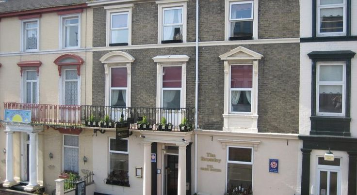 The Bromley Great Yarmouth The Bromley is a smaller, individually styled Victorian town house, centrally situated and close to the seafront and all the amenities of Great Yarmouth.  Expect big beds with rich luxury linens and fabrics, and large fluffy towels.