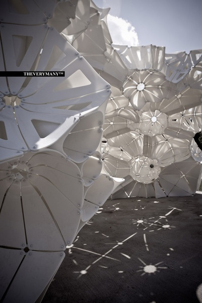 Plasti(K) Pavilion | St-Louis  MARC FORNES & THEVERYMANY™ withKen Tracy's design/build studio