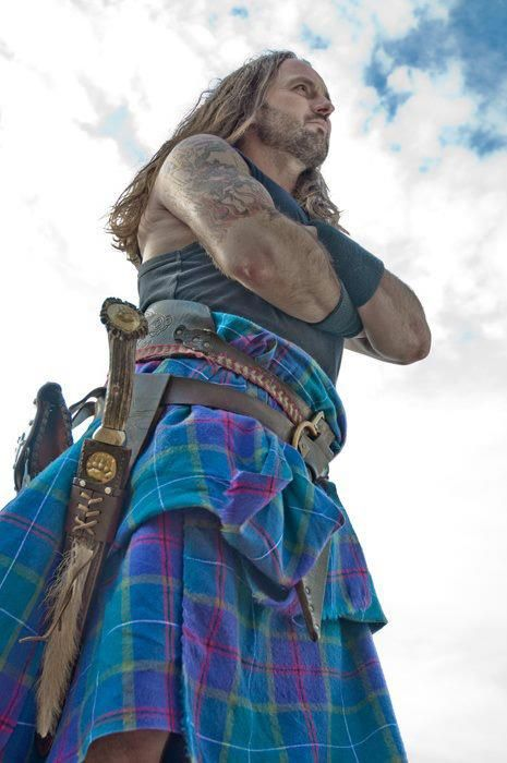 Jamesie from Albannach, the most hardcore pipe band ever!