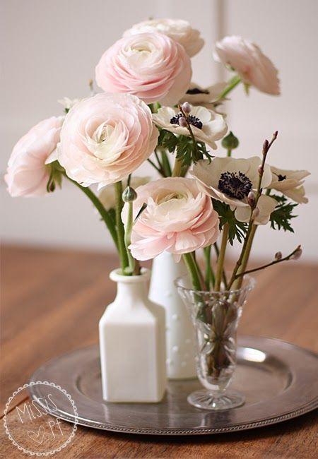 Ranunkeln- und Anemonen-Sträusschen :: Ranunculus and Anemones bouquet