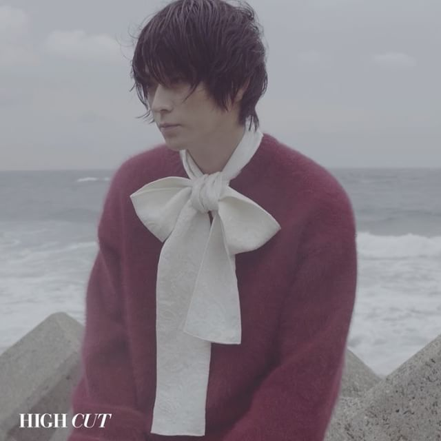 [He is coming] #강동원, 2016.11.03 #하이컷 #highcut #하이컷스타 #highcutstar #heiscoming #highfilm #GangDongWon #가려진시간 #성민