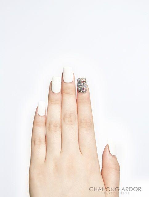 White Emotions #nailart #nail #beauty #chahongardor