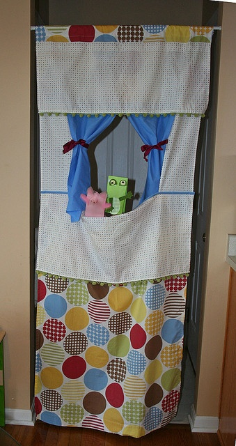using a doorway - Puppet Theatre by by Lorna, via Flickr