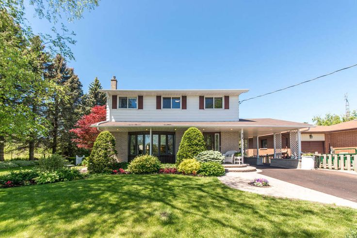 You Will Never See A Home Like This Custom Built & Situated On A Quiet Block, One Minute To 401, Steps To The Lake In The Quaint Town Of Newcastle. Professionally Landscaped 1/3 Acre, Offering A Variety Of Mature Trees, Shrubs & Perennials, Well Planned Out Hard-Scaping & Custom Enviropave Driveway. Sun Drenched Circular Sunken Living Room With Valour F/P, Modern Kitchen With Granite Counters, A Pleasure To Entertain In.