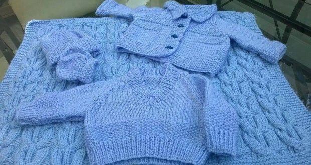 Mavi örgü bebek takımı