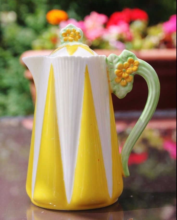 Shelley Dainty Flower Handle Hot Water Chocolate Pot Tea Yellow White Harlequin   eBay