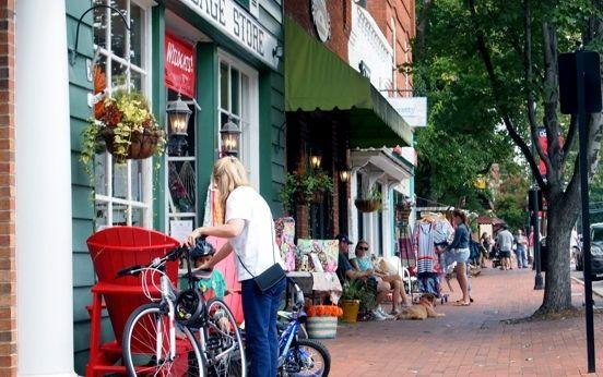 Moving to Charlotte: The Un-Tourist Guide | Davidson, NC