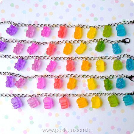 pulseira bala de goma ursinhos - gummi bears - rainbow gummy bears candy charm bracelet pokkuru - doceria de bijoux