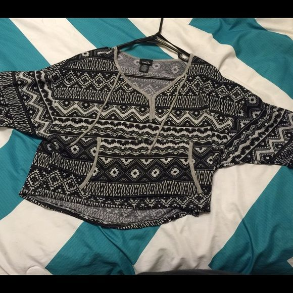 Aztec crop top/sweater top?  Aztec crop top sweater size small only worn like twice perfect condition. Rue 21 Tops Crop Tops