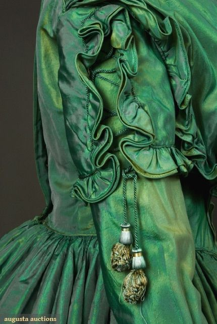 1840's shot silk, http://www.augusta-auction.com/component/auctions/?view=lot&id;=4680&auction;_file_id=8
