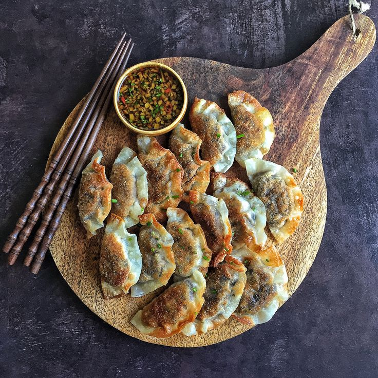 I can't go too long without having some dumplings.I mixed a finely chopped eggplant with miso sauce and used it as the filling.Very simple but packed with flavor. I normally let them steam but th…