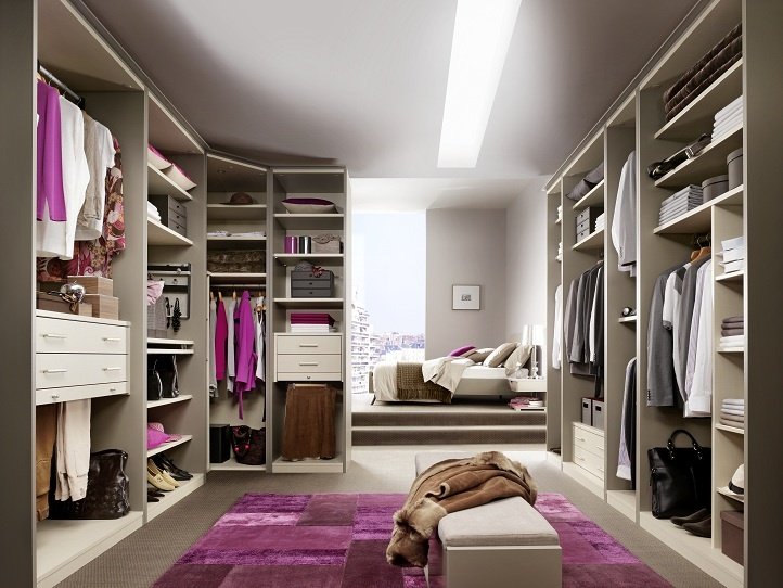 Walk in wardrobe every girls dream dressing room ideas - Dressing pour petite chambre ...