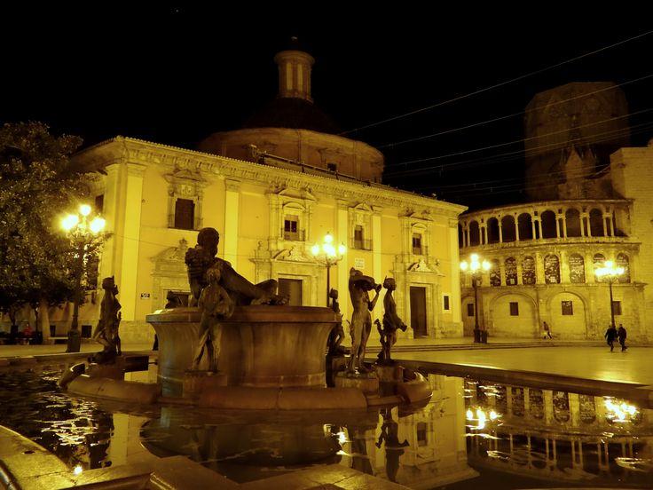 Plaza de la Virgen - Valencia, Valencia