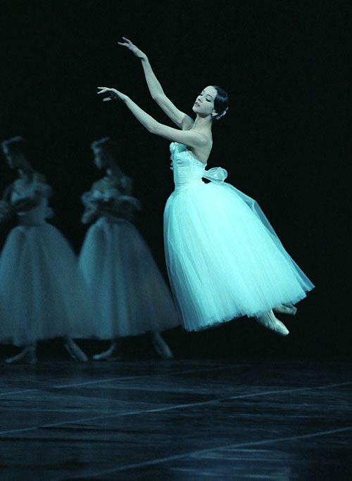 Svetlana Lunkina in 'Giselle' photographed by Mikhail Logvinov.