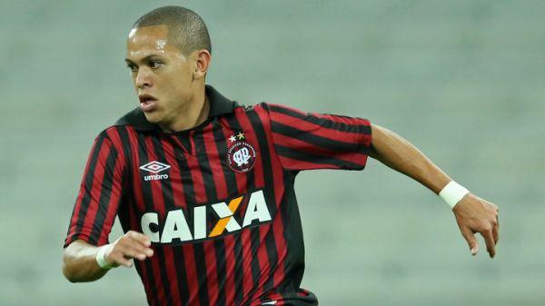 Flamengo e Santos disputam jovem do Atlético-PR - https://anoticiadodia.com/flamengo-e-santos-disputam-jovem-do-atletico-pr/
