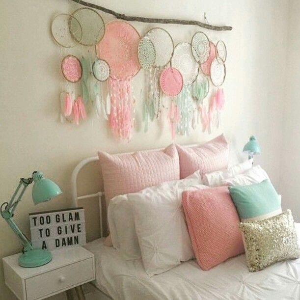 Dreamcatcher decor colours