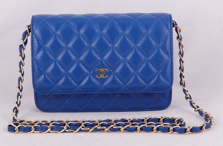 Сумка Chanel mini WOC синяя с золотой фурнитурой