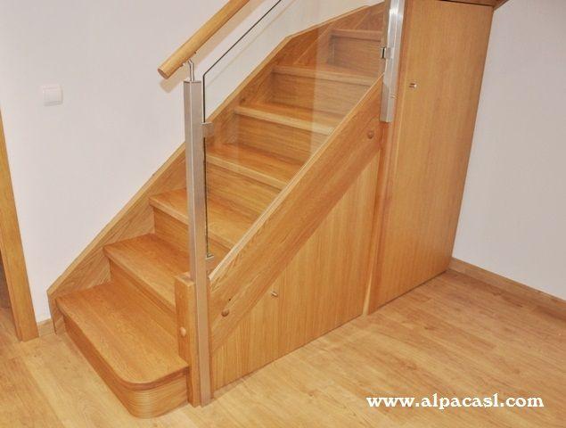 escalera completa en madera maciza de roble y barandilla de cristal y acero inoxidable