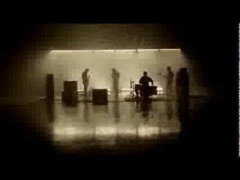 ▶ 【日本語字幕付】アークティック・モンキーズ 「ブライアンストーム」 - YouTube
