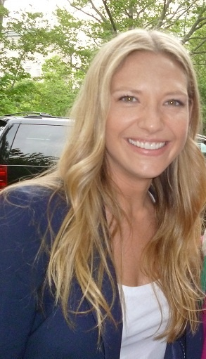 Anna Torv (via @caraatato, @evilvagenda) #NYC #Upfront