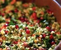 Rezept Brokkoli-Apfel-Salat mit Granatapfel und Ingwer-Honig-Dressing von UdoSchroeder - Rezept der Kategorie Vorspeisen/Salate