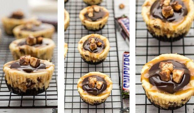 Recept na hříšně dobré Snickers minicheesecaky