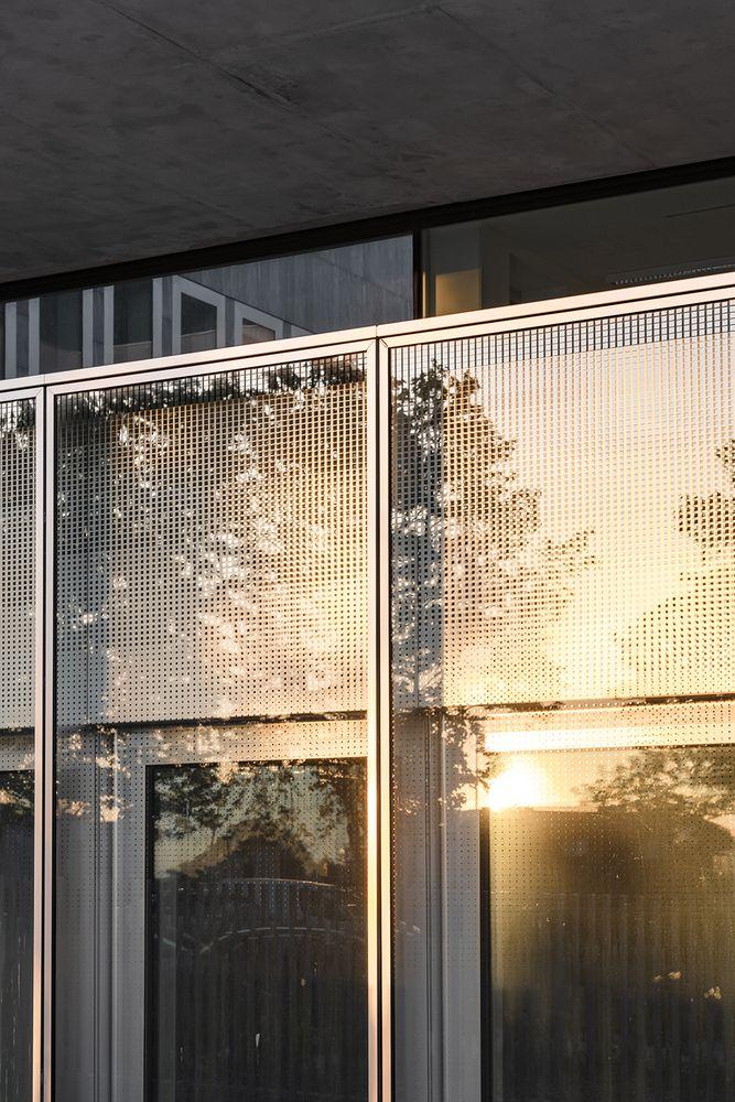 Gallery Of Chambre De Metiers Et De L Artisanat Kaan Architecten Pranlas Descours Architect Associates 8 Glass Facades Architecture Facade