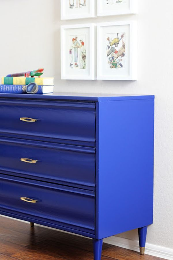 One of the benefits of using a strong color like cobalt blue in your home décor is that it instantly transforms whatever it's on to be a showstopper. This simple dresser, decked out in cobalt, is a perfect example of a pauper-to-prince furniture transformation.