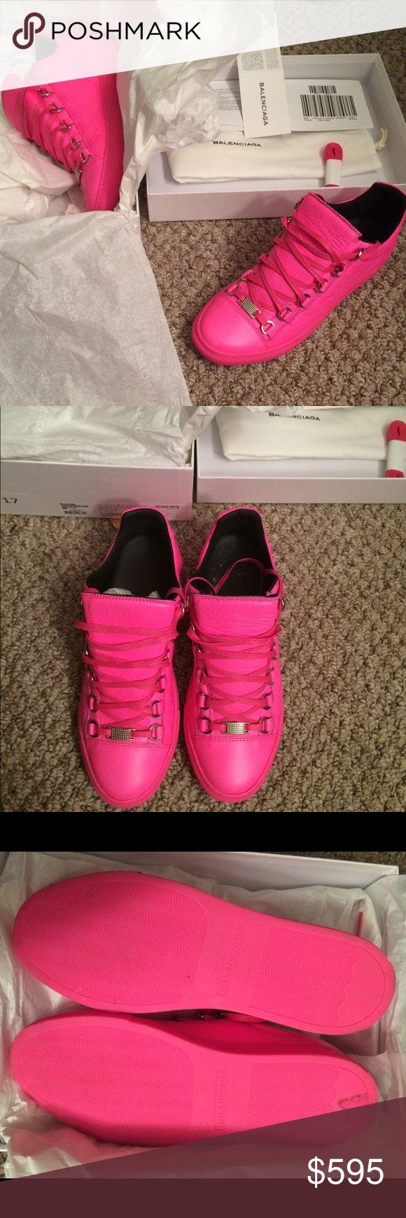 Balenciaga Arena Sneakers Exclusive Balanciaga Arena Women's Sneakers! Brand new! Wore once! Size 8! Balenciaga Shoes Sneakers