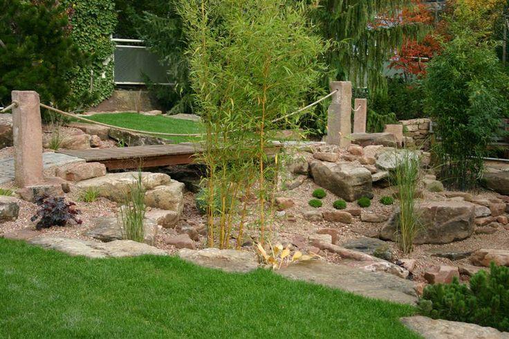 Steingarten mit Porphyr