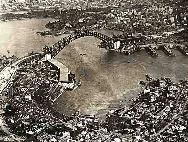 the history and impact of the famous sydney harbor bridge Visit sydney harbour bridge and discover sydney attractions and hotels go on the harbour bridge climb, stop for pictures, hear about the bridge history and more.