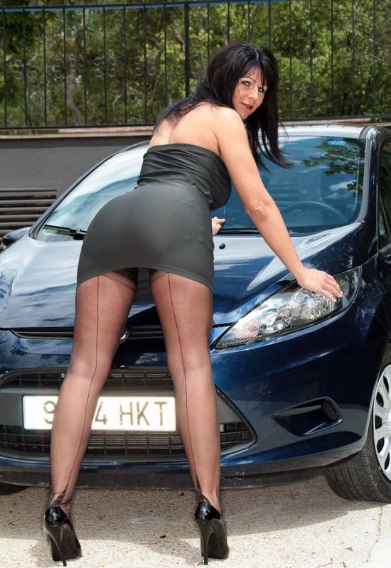 Mature stocking car