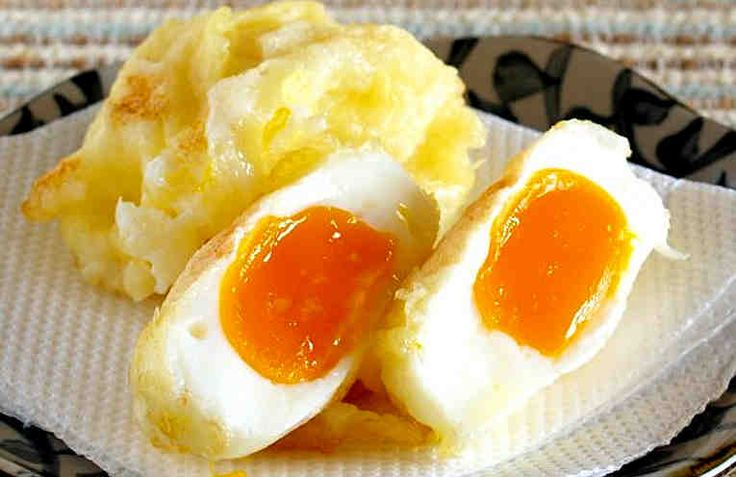 Это блюдо понравится не только поклонникам японской кухни, но и всем, кто любит сочетание вкусов и текстур. Кроме того, приготовленное именно таким способом яйцо приобретает совершенно неповторимый вкус! Ещё этот рецепт называют Яичная Темпура. В общем, это правильно, потому как это способ пр