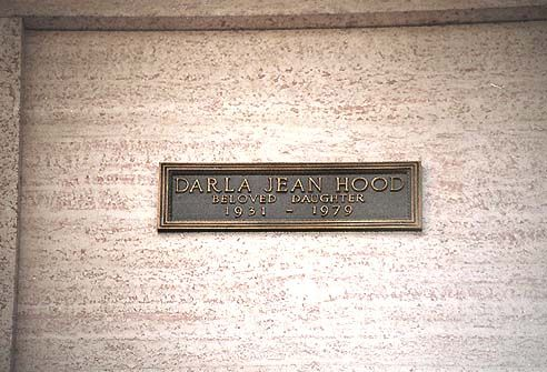 "THE GRAVE OF DARLA HOOD  (Child actress who starred opposite Spanky & Alfalfa in the ""Our Gang"" & ""Little Rascals"" movies)"