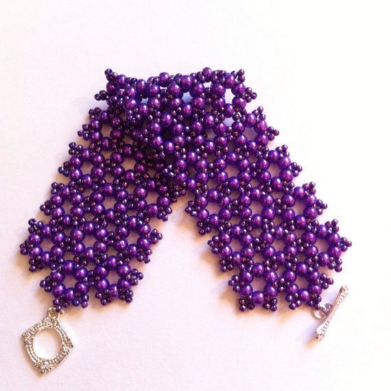 Violet braceletPurple BraceletChristmas woman от RussianCuties