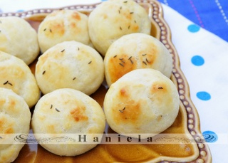 Haniela's: Potato Biscuits