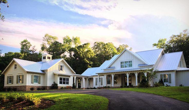 698 likes 45 comments c brandon ingram design for Farmhouse style architecture