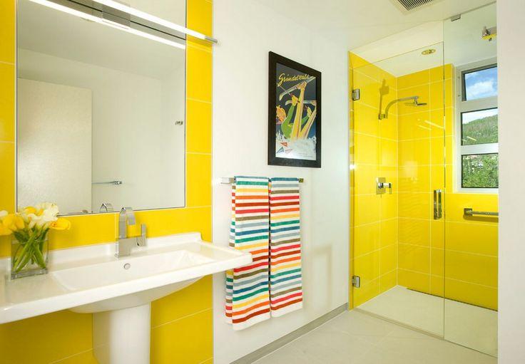 Душевые кабины в маленьких ванных (44 фото): удобное и практичное решение http://happymodern.ru/dushevye-kabiny-v-malenkix-vannyx-44-foto-udobnoe-i-praktichnoe-reshenie/ Маленькая ванная комната украшена яркими цветовыми акцентами