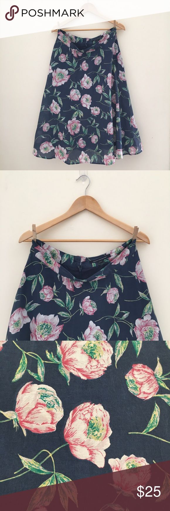 French connection floral maxi skirt French connection floral maxi skirt. Size 10. Excellent condition no sign of wear or stains. Will consider offers or bundle for a discount French Connection Skirts Maxi