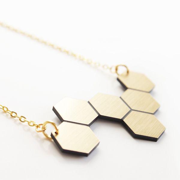 Waben Kette - Gold gebürstet 18 Karat von Loula-Products auf DaWanda.com