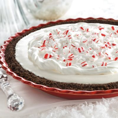 Peppermint Snow Pie: Desserts Recipes, Holidays Recipes, Peppermint Snow, Pies Recipes, Snow Pies, Pie Recipes, Peppermint Pies, Christmas Ideas, Candy Pies