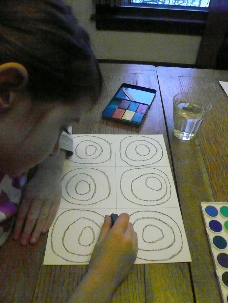 Art Project for Kids: Kandinsky Inspired Circles | MightyNest