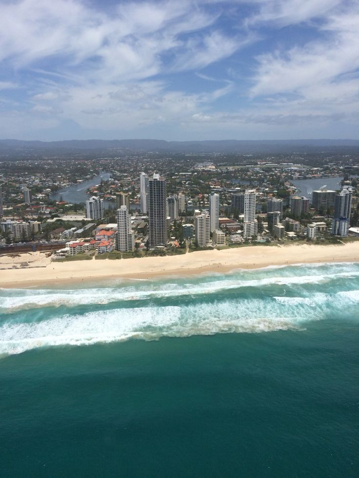 Sea world helicopter rides take you around the city of Gold Coast and show you amazing views I captured some on my phone and the sight was just amazing I had to share find this as an activity to do in your Holliday at Gold Coast/Brisbane.